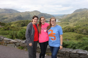 Joline and girls at Ladies View of Lakes of Killarney
