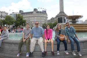 Jim & kids with Uncle Jerry at Trafalgar Square