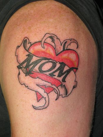 Mom-Banner-Heart-Tattoo